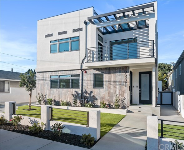 2321 Vanderbilt, Redondo Beach, California 90278, 3 Bedrooms Bedrooms, ,2 BathroomsBathrooms,Duplex,For Lease,Vanderbilt,PV21010294