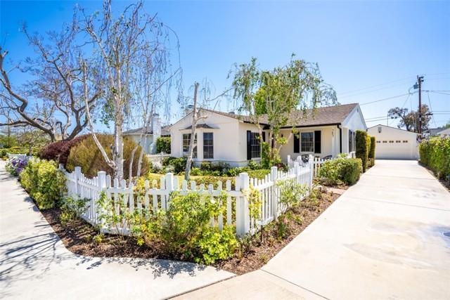 385 E 19th St, Costa Mesa, CA 92627