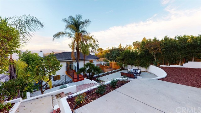 1010 Oban Dr, Los Angeles, CA 90065