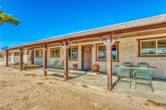 52740 Pipes Canyon Road, Pioneertown, CA 92268