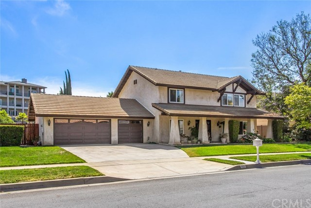622 Golden West Drive, Redlands, CA 92373