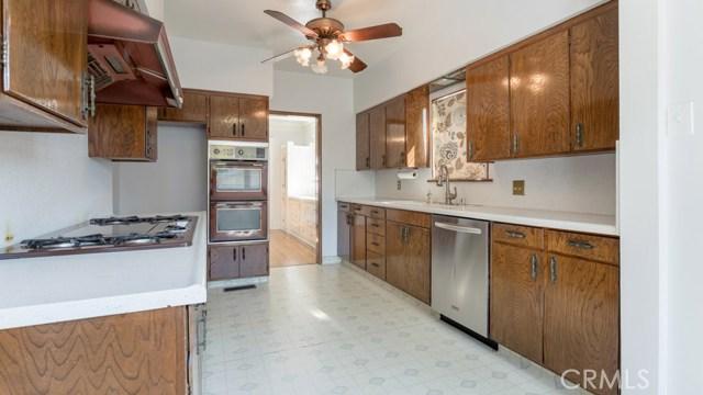 990 E Howard St, Pasadena, CA 91104 Photo 17