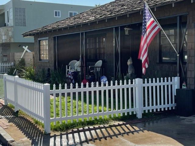925 S Pacific Street D, Oceanside, CA 92054