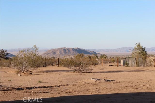 34. 415 INCA Trail Yucca Valley, CA 92284