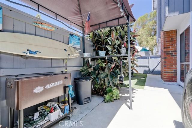 27. 611 Lassen Lane #191 Costa Mesa, CA 92626
