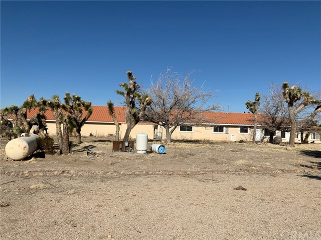9561 Akron Rd, Lucerne Valley, CA 92356 Photo 33