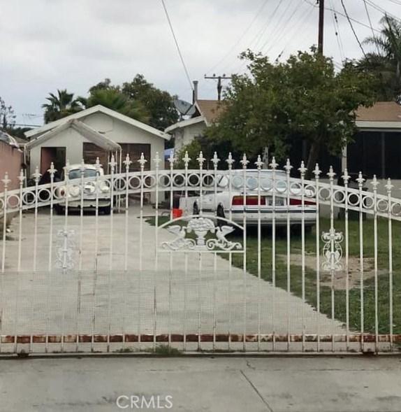3471 Cudahy St., Huntington Park, CA 90255