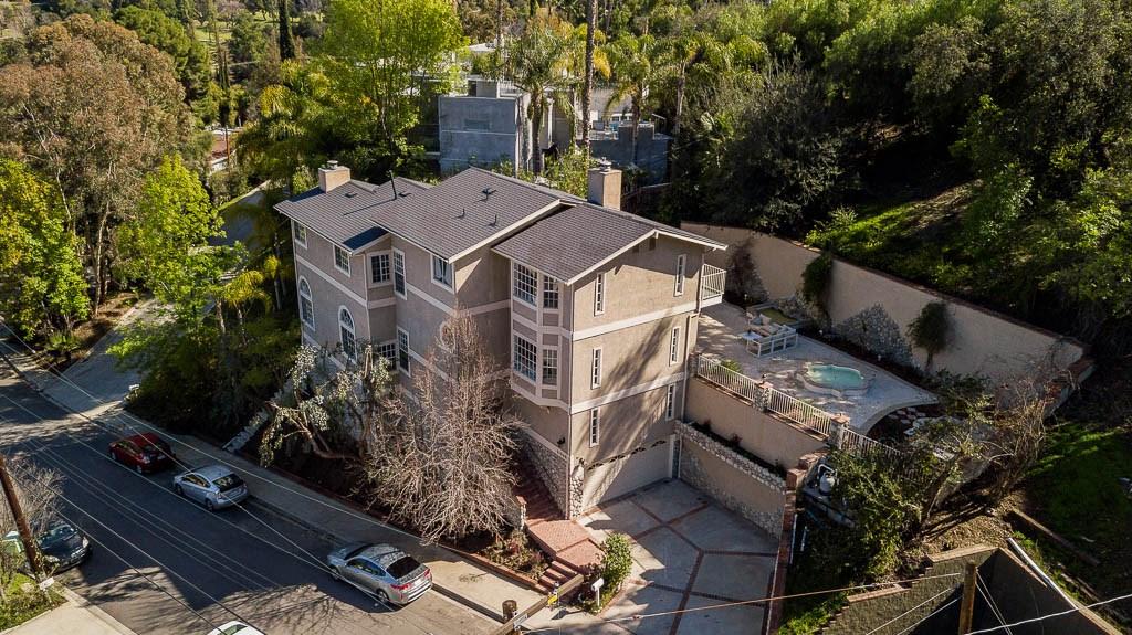 21546 Yucatan Avenue, Woodland Hills, CA 91364