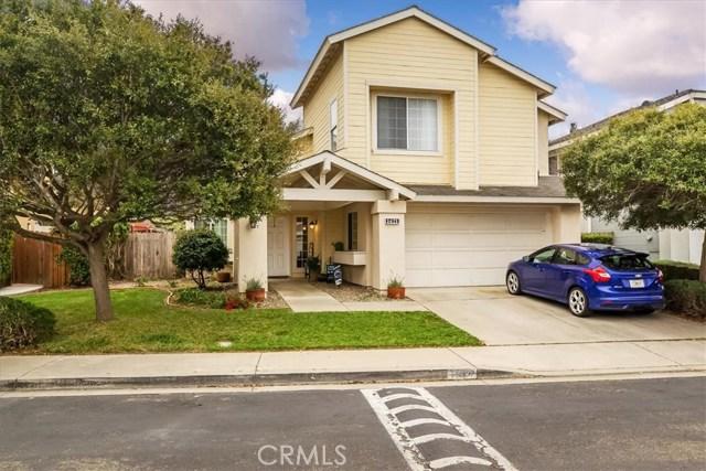 1421 Village Meadows Drive, Lompoc, CA 93436