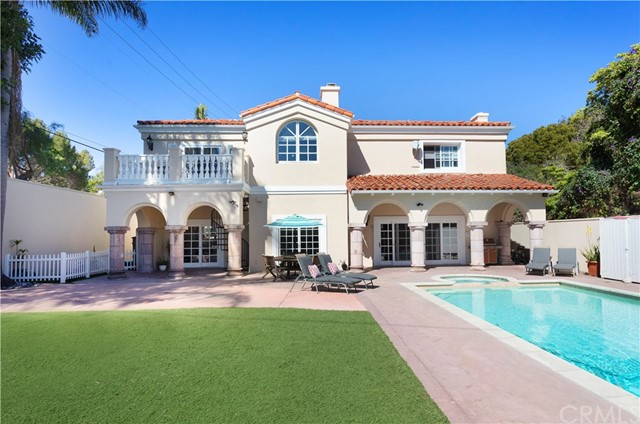 1407 S Irena Avenue, Redondo Beach, CA 90277