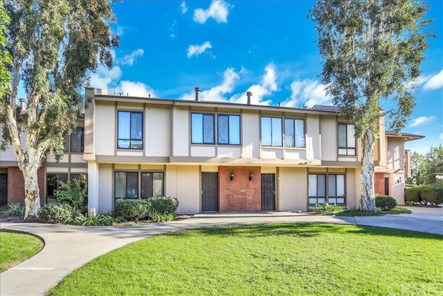 Photo of 2862 N Cottonwood Street #11, Orange, CA 92865