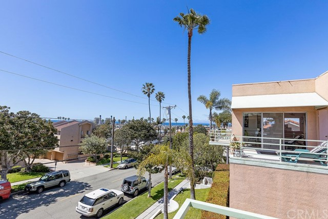 Photo of 612 N Irena Avenue #H, Redondo Beach, CA 90277