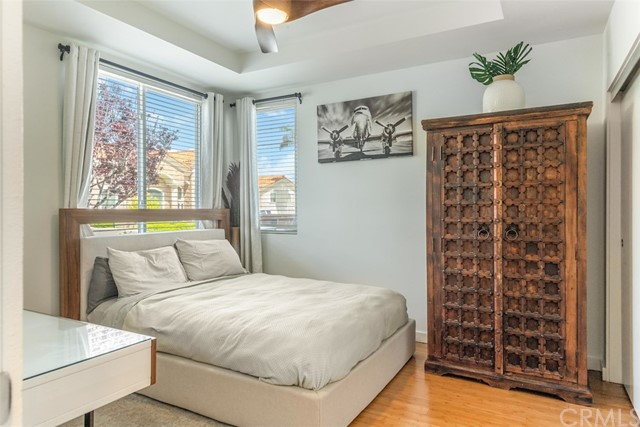 Lower level front bedroom with great light