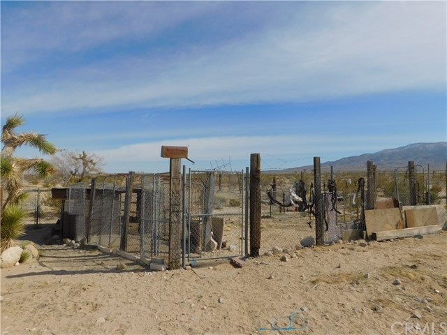 36281 Fleetwood St, Lucerne Valley, CA 92356 Photo 23
