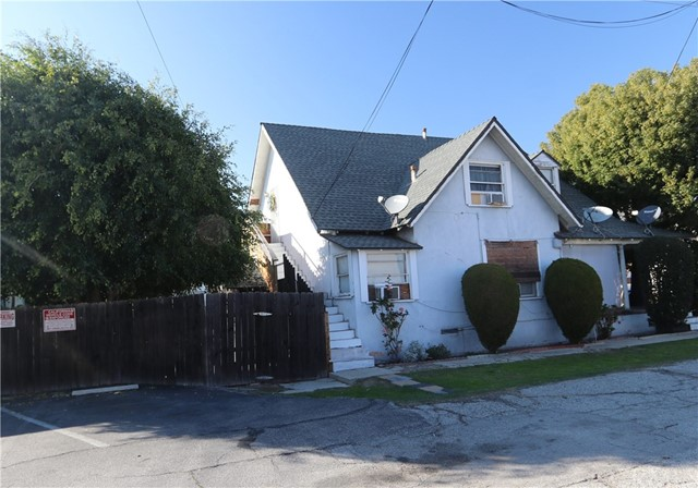 126 W Center Street, Covina, CA 91723