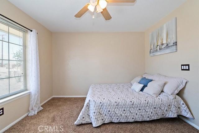 12780 Fir St, Oak Hills, CA 92344 Photo 29