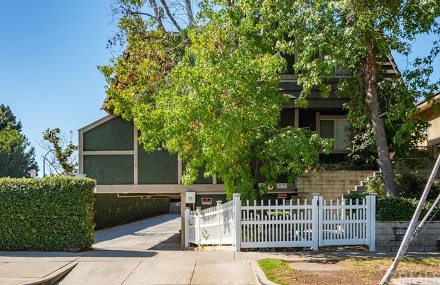 379 N Mentor Avenue 8, Pasadena, CA 91106