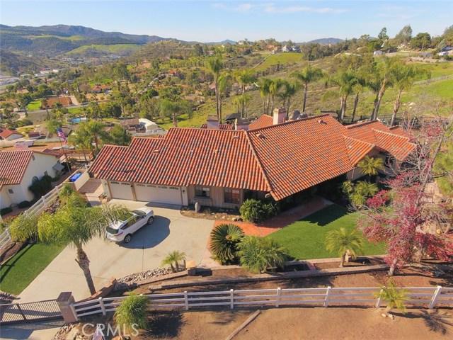 9734 Red Pony Lane, El Cajon, CA 92021