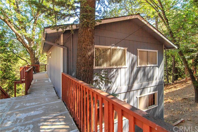 26394 Lake Forest Drive, Twin Peaks, CA 92391