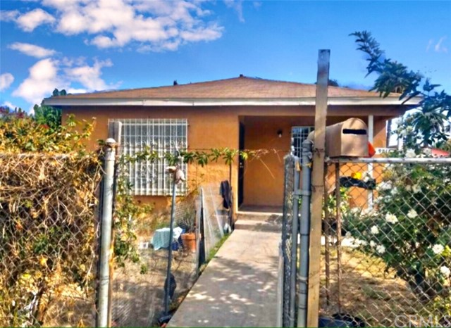 9216 Hickory Street, Los Angeles, CA 90002