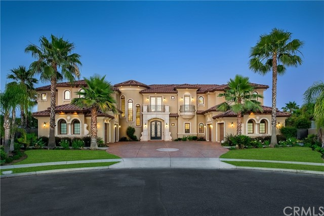 2091 E Sawgrass Avenue, Fresno, CA 93730