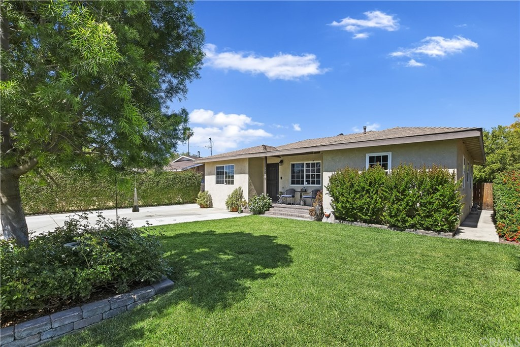 5917     Meadowbrook Lane, Riverside CA 92504