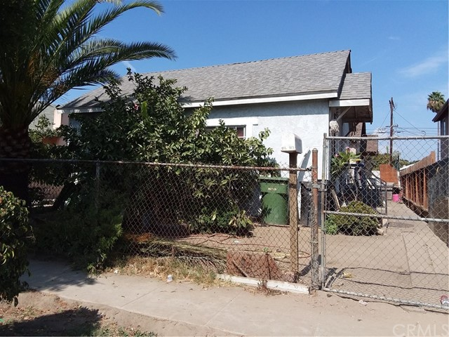 751 E 76th Place, Los Angeles, CA 90001