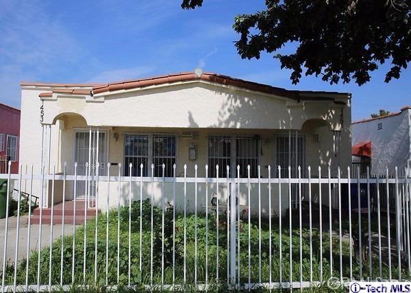 1451 W 64th Street, Los Angeles, CA 90047
