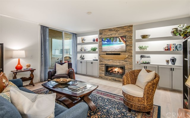 428 Esplanade 102, Redondo Beach, California 90277, 2 Bedrooms Bedrooms, ,2 BathroomsBathrooms,For Sale,Esplanade,SB21036929