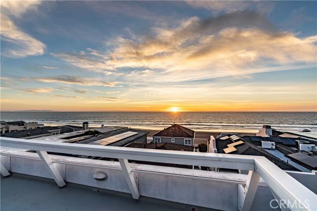 113 30th Place, Manhattan Beach, California 90266, 2 Bedrooms Bedrooms, ,2 BathroomsBathrooms,For Sale,30th,SB21040269