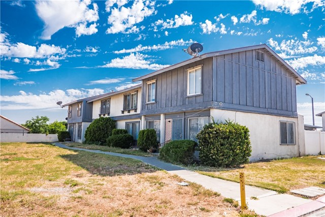 16841 Village Lane C, Fontana, CA 92336