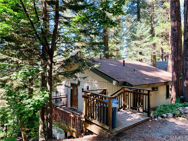 28410 Altamont Court, Lake Arrowhead, CA 92385