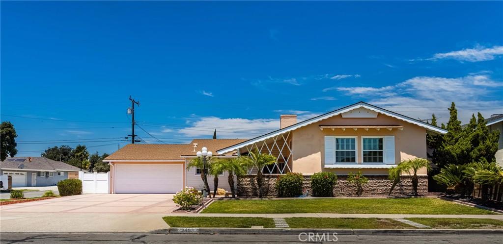 2403   E Romneya Drive, Anaheim CA 92806