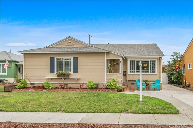 3728 Karen Avenue, Long Beach, CA 90808