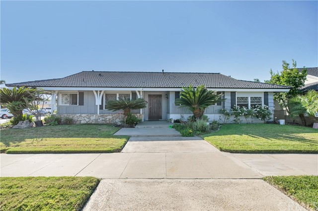 401 E Riverview Avenue, Orange, CA 92865