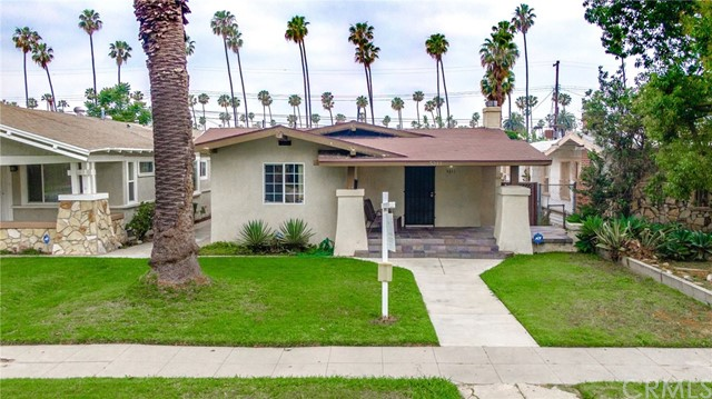 5211 S St Andrews Place, Los Angeles, CA 90062