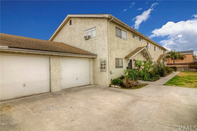 21719 Hawaiian Avenue, Hawaiian Gardens, CA 90716