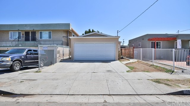 11634 Cedar Avenue, Hawthorne, CA 90250