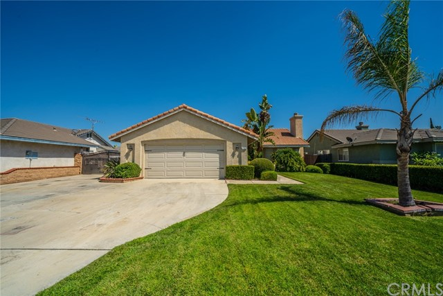 709 N Sandalwood Avenue, Rialto, CA 92376