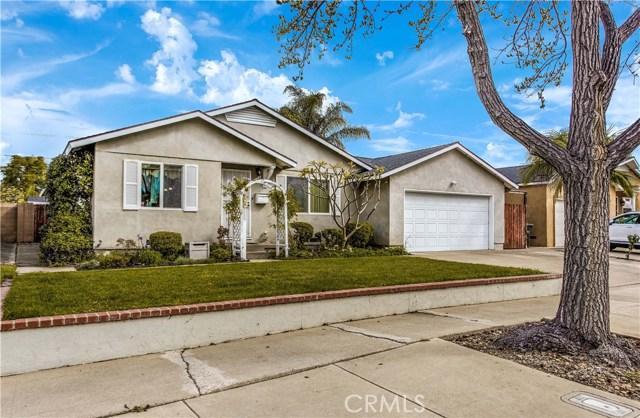 1125 E Mayfair Avenue, Orange, CA 92867