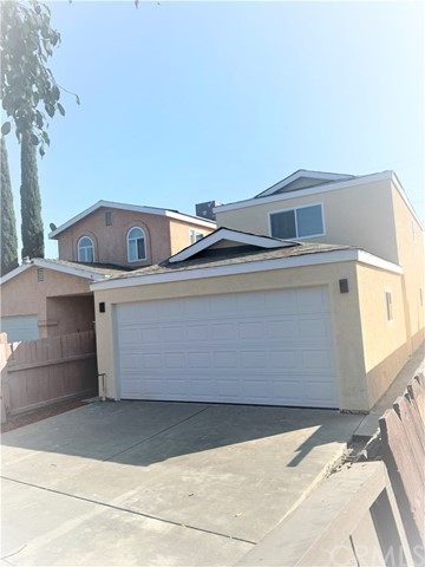 2152 E Bliss Street, Compton, CA 90222