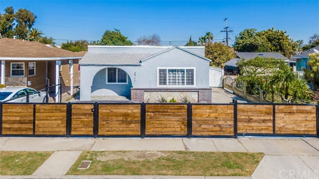 2711 111th Street, Lynwood, CA 90262