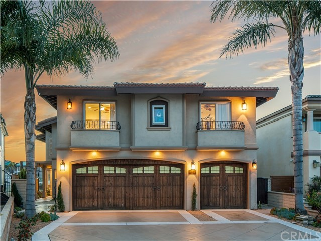 16531 Carousel Lane, Huntington Beach, CA 92649