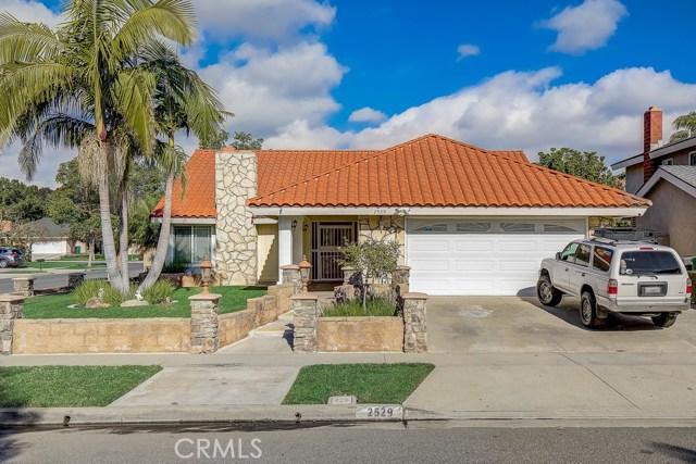 2529 W Knox Avenue, Santa Ana, CA 92704