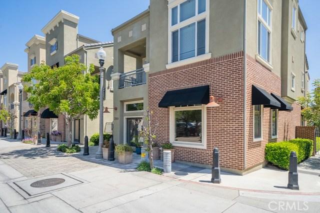 290 S Prospect Avenue, Tustin, CA 92780