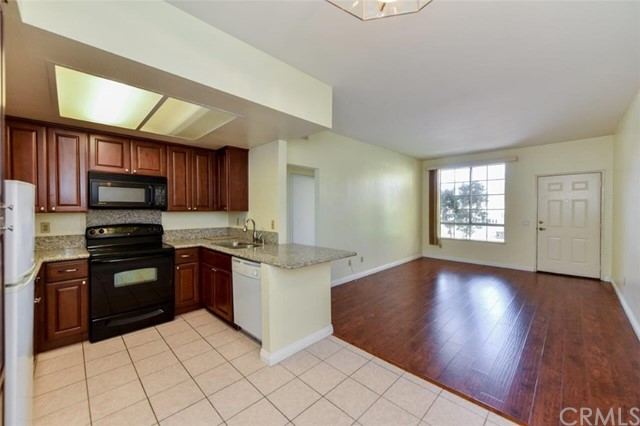 Photo of 27 Alicante Aisle, Irvine, CA 92614