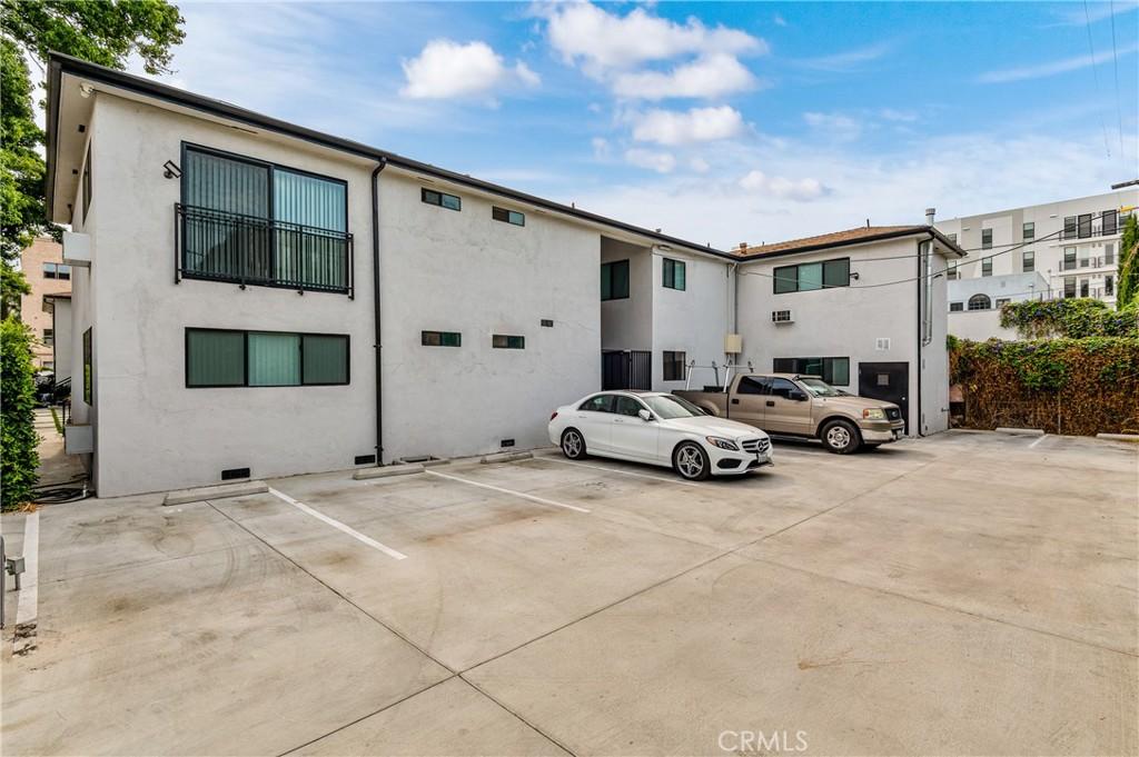 房产卖价 : $795.00万/¥5,470万