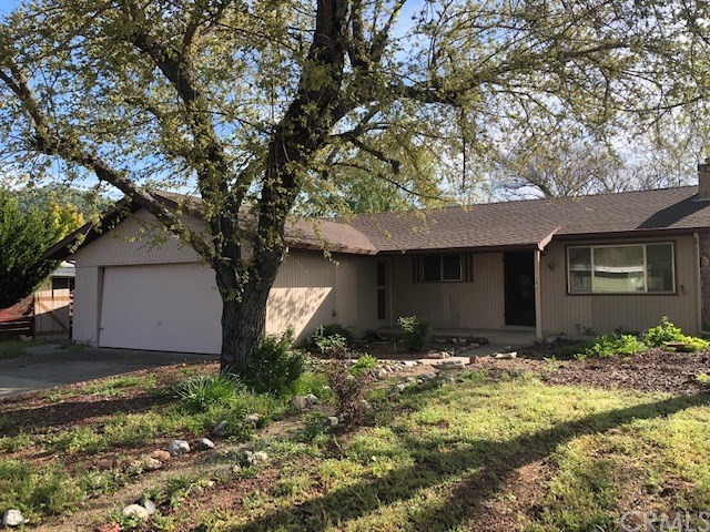 12625 Shoreview Drive, Clearlake Oaks, CA 95423