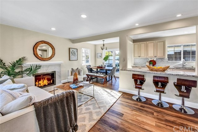 1651 23rd Street, Manhattan Beach, California 90266, 3 Bedrooms Bedrooms, ,1 BathroomBathrooms,For Sale,23rd,PV20240193