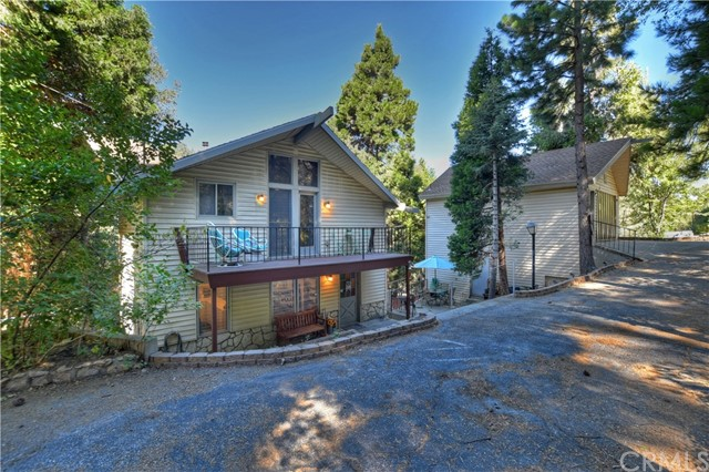 632 Grass Valley Road, Twin Peaks, CA 92391